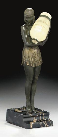 An Art Deco sculpture by Pierre Le Fagyuays (1925)