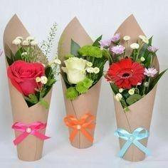 bouquet dans verre + sachet papier - à offrir