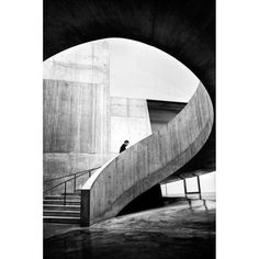 This image was captured by SPi member Alan Schaller @alan_schaller. #SPi_Geometry is this weeks theme. We want to see your best street photography featuring great geometry. Tag them #SPi_Geometry and follow @streetphotographyinternational for your chance to be featured. #SPiCollective #streetphotography #streetphoto #streetphotografy #streetphotografy_bw #streetphoto_bw #streetphoto_bnw #ig_streetphotography #ig_street #street_photography #streetphotographer #streetphotographers…