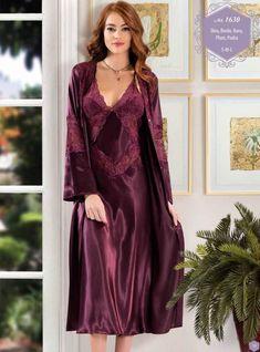 Dantelli Uzun Saten Gecelik Sabahlık 1630 Hot Lingerie, Lingerie Retro, Women Lingerie, Satin Nightie, Silk Nightgown, Satin Sleepwear, Satin Dresses, The Dress, Night Gown