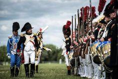 Seit Jahren wird die Schlacht von Waterloo in aufwändigen Reenactment-Veranstaltungen nachgestellt.