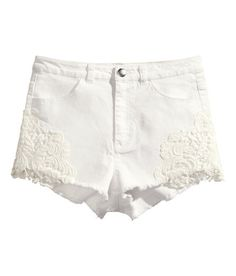 Loove these Lacey white shorts