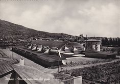 IT, Pescia, mercato dei fiori. Architects Leonardo Savioli, Leonardo Ricci, Giuseppe Giorgio Gori, Enzo Gori, 1951.