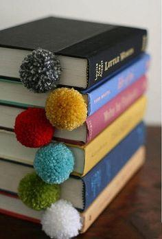 books pompon