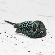 Today all animals started their journey to new home and now I'm going to rest a little bit and start preparing for journey myself ☉ Thank you so much everyone for your comments and support!   #ramalama #ramalamacreatures #handmade #polymerclay #stingray #mantaray #fimo #clay #sculpture #miniature #figurine #cosmos