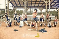 Baseball Used Equipment Baseball Team Pictures, Softball Photos, Softball Stuff, Baseball Photography, Sport Photography, Photography Ideas, Team Picture Poses, Picture Ideas, Photo Ideas