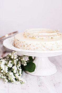 Lychee and White Wine Cake