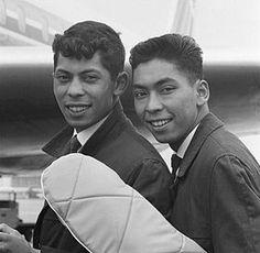 The Blue Diamonds, Indo Europeanen. was een Nederlands duo bestaande uit de broers Riem (Depok/West-Java, 15 april 1943) en Ruud de Wolff (Batavia, 12 mei 1941 - Driebergen, 18 december 2000). De broers, van Indisch-Nederlands afkomst, braken in 1960 door met de wereldwijde hit Ramona.