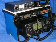 Ham Radio Bench Mount Rack Stack Shack Icom Yaesu Kenwood Antenna 2 Meter 440 #Yaesu