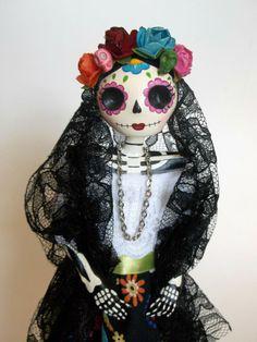 Catrina doll. Day of the Dead Paper Mache Catrina by LaCasaRoja, $32.00
