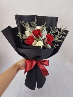 Nieldelia florist is an affordable online florist that providing flower bear bouquet with delivery service in kl Single Flower Bouquet, Flowers Roses Bouquet, Chocolate Flowers Bouquet, Red Rose Bouquet, Bouquet Wrap, Beautiful Bouquet Of Flowers, Floral Bouquets, Graduation Flowers Bouquet, Valentine Flower Arrangements