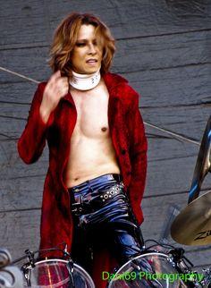 Yoshiki on stage at X Japan's American debut at Lollapalooza. Yoshiki at Lollapalooza