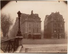 Eugène Atget (French, 1857–1927). Terre-plein du Pont Neuf, Matinée d'Hiver, 1925. The Metropolitan Museum of Art, New York. Gilman Collection, Museum Purchase, 2005 (2005.100.530)