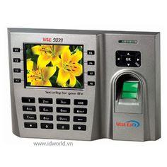 Máy chấm công vân tay WISE EYE WSE-9039 sử dụng vân tay và thẻ cảm ứng, màn hình được thiết kế rộng, sử dụng chấm công vân tay hiệu quả.Màn hình LCD màu TFT 3.5 inch với bàn phím 16 số và 8 phím chức năng.