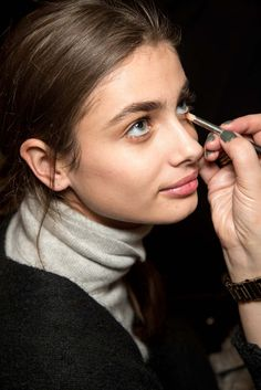 Taylor Marie Hill backstage at Emilio Pucci Fall 2015