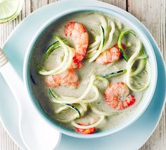Easy laksa - check it's ok to use that much coconut milk Midweek Meals, Easy Meals, Healthy Canned Soups, Salmon Fish Cakes, Broccoli Pasta Bake, Coconut Soup, Coconut Milk, 15 Minute Meals, Green Curry