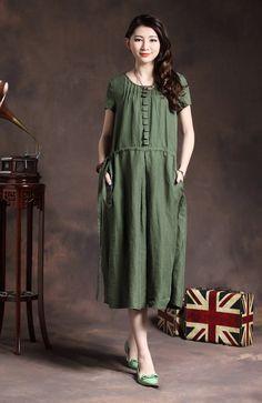 Long Linen Dress in Dark Green / Pleated Linen by camelliatune, $94.00