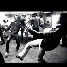 Bob Marley. Jimi Hendrix.