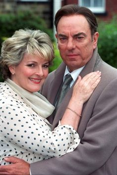 'Between the Sheets' TV mini-series with Brenda Blethyn and Alun Armstrong as Hazel and Peter Delaney English Actresses, British Actresses, British Actors, Royal National Theatre, Secrets And Lies, Drama Film, Best Actor, Beautiful People, February