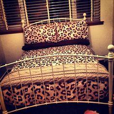 Leopard bedspread duvet for bedroom Pinckard Elliott Leopard Bedroom, Leopard Bedding, Dream Rooms, Dream Bedroom, Shabby, Queen, My New Room, House Rooms, Apartment Living