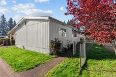 See this home on @Redfin! 3501 Auburn Way S #70, Auburn, WA 98092 (MLS # 1684992) #FoundOnRedfin Composition Roof, Water Company, Real Estate Sales, Gated Community, Common Area, Strawberry Shortcake, Laminate Flooring, Auburn, Home Values