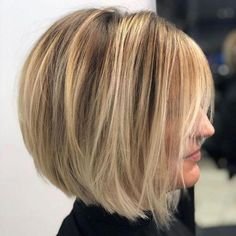 60 Layered Bob Styles: Modern Haircuts with Layers for Any Occasion Rounded Bob with Long Bangs Modern Bob Hairstyles, Bob Hairstyles For Fine Hair, Layered Bob Hairstyles, Short Bob Haircuts, Haircuts With Bangs, Hairstyles Haircuts, Wedding Hairstyles, Haircut Bob, Ponytail Hairstyles