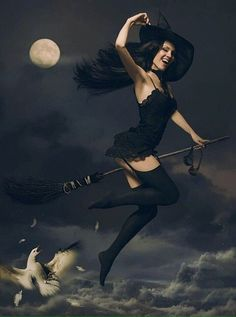 Halloween on Behance- Igor Voloshin Kiev, Ukraine Dark Fantasy, Fantasy Witch, Witch Art, Halloween Pin Up, Halloween Pictures, Vintage Halloween, Witch Pictures, Happy Halloween, Witch Photos