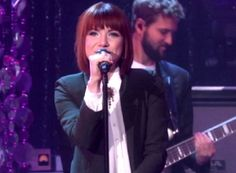 carly-rae-jepsen-i-really-like-you-live.jpg (300×220)