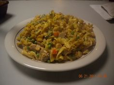 Soupless Tuna Casserole from Newly Crunchy Mama Tuna Casserole Recipes, Pasta Recipes, Noodle Casserole, Tuna Pasta, Kid Friendly Meals, Main Dishes, Seafood, Tuna Noodle, Good Food