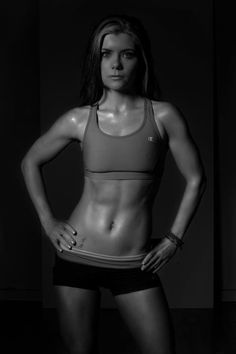 I want this stomach... hopefully Insanity will get me there! can't wait to get started today (: