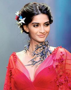 Sonam Kapoor #Fashion #Style #Bollywood #Beauty