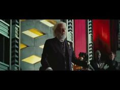 ▶ The Hunger Games: Mockingjay Official Trailer HD - YouTube
