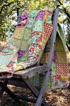 Want to make this ... Lovely, fun colors and patterns.