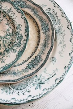 dishes...why am I drawn to pretty dishes when we always use paper plates anyway?!