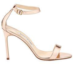 Sandales Chaos Manolo Blahnik http://www.vogue.fr/mode/shopping/diaporama/les-plus-belles-chaussures-sandales-escarpins-mode-pour-les-fetes-de-noel/24499#sandales-chaos-manolo-blahnik