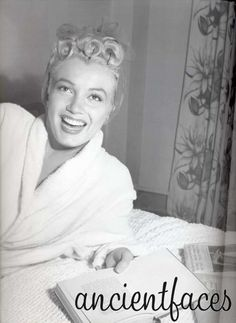 Marilyn reading before taking a shower