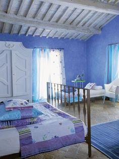 adelaparvu.com despre casa Tricia Guild, casa toscana cu camere colorate (12)