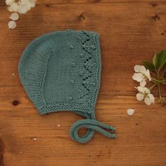 Finest knits and knitting patterns for tiny people von GoldnussBabyknits Love babies with proper hats🙂 Easy Knitting Patterns, Knitting Projects, Crochet Patterns, Baby Bonnet Pattern, Pattern Photography, Baby Bonnets, Yarn Crafts, Baby Hats, Baby Knitting