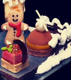 This Christmas Afternoon Tea looks Amazing!!! http://bit.ly/1laBUl0 #LondonMoments