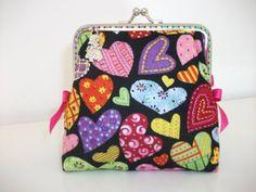 """Porta moedas  """"coração"""" fecho de 10cm www.facebook.com/little.things.vc"""