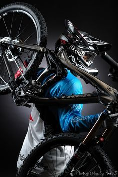 In a best world you could buy any bike you wanted at a price you might pay for, however in the real life mountain biking costs differ extremely. We provide some ideas on what to look for. Downhill Bike, Mtb Bike, Road Bike, Velo Dh, Mountain Biking, Mountain Lion, Freeride Mtb, Montain Bike, Trek Bikes