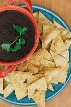 Spicy chipotle bean dip