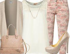 Frühlingsoutfit mit weißer Bluse und Rosenjeans ♥ Hier kaufen: http://www.stylefruits.de/freizeitoutfit-be-my-queen/o2918222 #Blumen #beige #Buffalo
