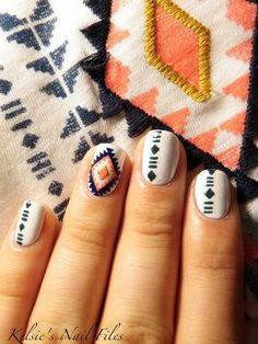 Tribal nails are so flexible and customizable to the artist, which works on various nail shapes. Most people polish their nails to the shape of round, square,or oval before painting. Tribal nails also look great on stiletto nails. Love Nails, How To Do Nails, Fun Nails, Pretty Nails, Style Nails, Tribal Nail Designs, Nail Art Designs, Tribal Nails, Manicure E Pedicure