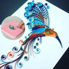 Easy Quilling Winder Grid Board😍 - - ❣️ This Unique Tool Will Allow You To Quill Effortlessly Like You Never Have Before! Quilling Flowers Tutorial, Quilling Instructions, Paper Quilling Flowers, Paper Quilling Cards, Paper Quilling Jewelry, Paper Quilling Patterns, Quilled Paper Art, Peacock Quilling, Quiling Paper