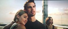 Spoilers This is what FOURTRIS will look like in Ascendent Divergent Movie, Divergent Insurgent Allegiant, Tragic Love Stories, Awkward Funny, Theo James, Book Fandoms, Book Nerd, Great Books, The Dreamers