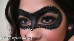 Very cool makeup mask for Halloween Holidays Halloween, Halloween Make Up, Halloween Party, Halloween Face Makeup, Halloween Ideas, Masquerade Makeup, Masquerade Party, Masquerade Masks, Maske Halloween