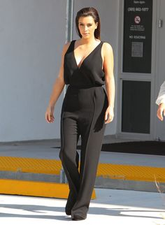 Effortlessly elegant jumpsuit. Love this look!