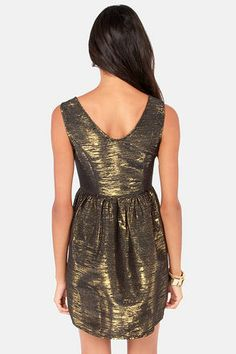 Olympic Shimmer Metallic Black and Gold Dress $47.00 #bow #lulus #holidaywear