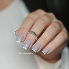 34 ideas french manicure tips acrylics French Nails, French Manicure Acrylic Nails, Gold Nail Polish, Manicure Colors, Manicure Tips, Nail Colors, French Tip Nail Designs, Cute Nail Designs, Joy Nails